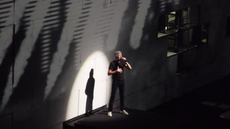 Roger Waters - Paris, 31st May 2011