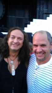 Dave Kilminster before the 2012 Philadelphia concert