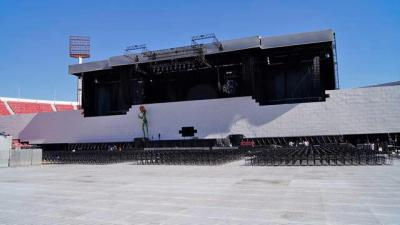 Roger Waters - The Wall staging in Chile (Photo: Radio Futuro 88.9)