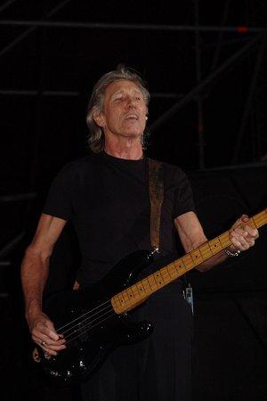 Roger Waters, Verona