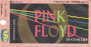 Pink Floyd live in 1989, in Verona, Italy